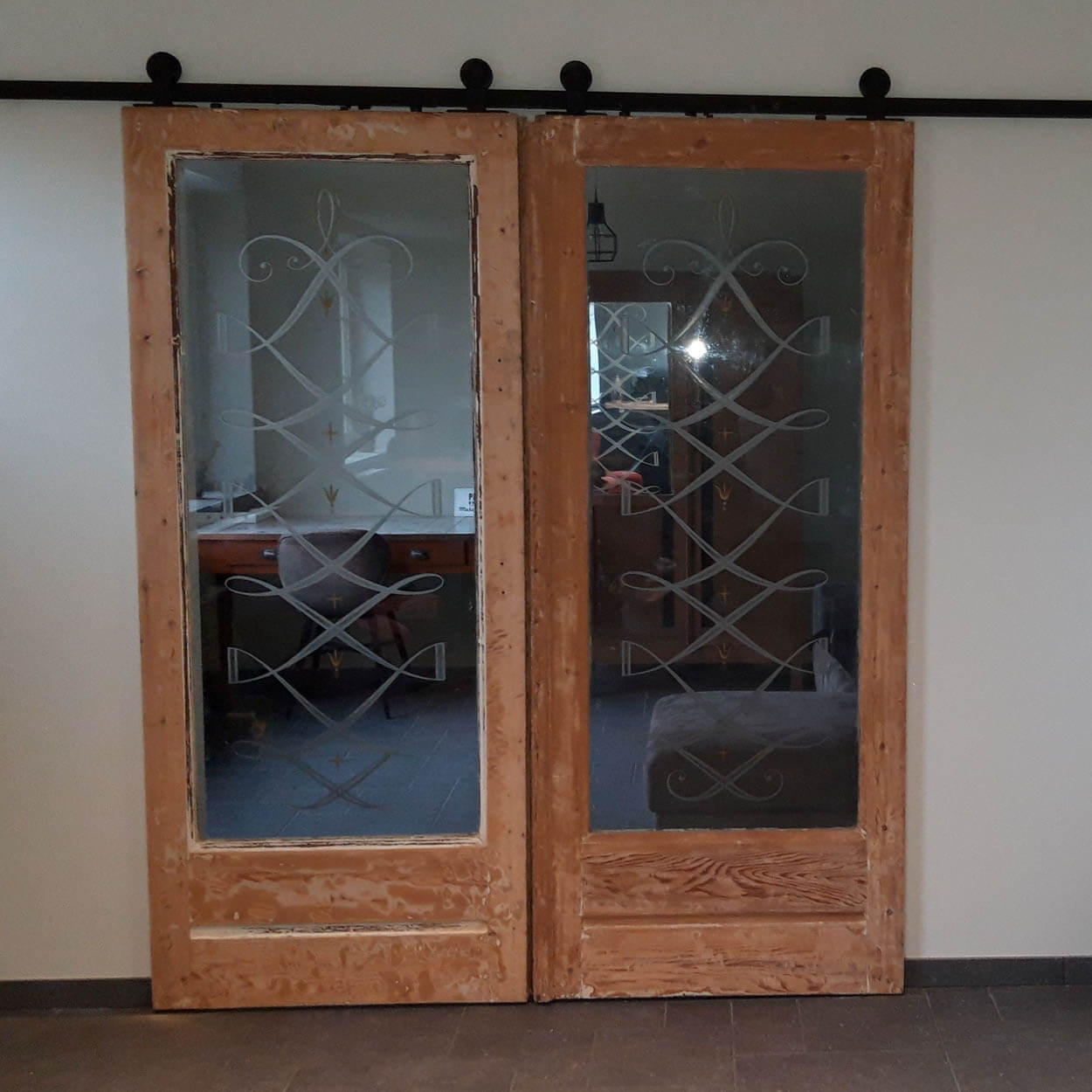 oude glasdeur als schuifdeur